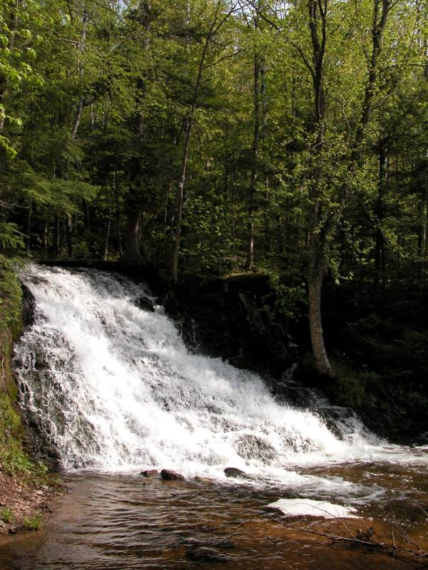 waterfalls of the lake superior circle tour superior country
