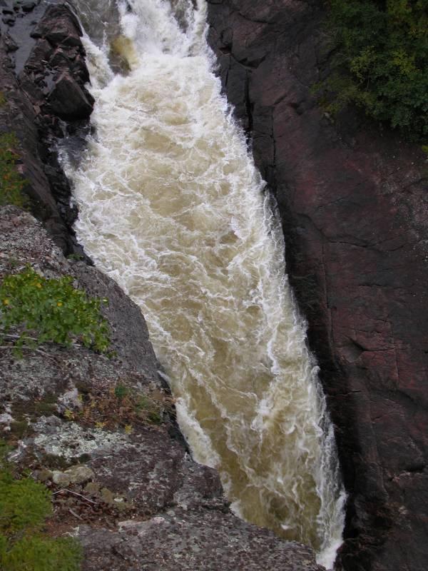 Chigamiwinigum Falls